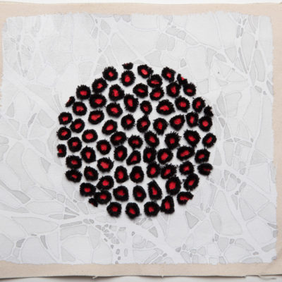 Bolle #5, 2015. Matita, filo da cucire, acquarello, gouache e gesso su tela. 21x24cm